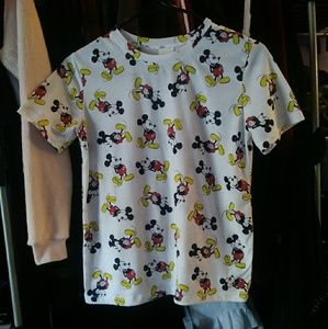 💙SALE💙 Disney Mickey Mouse White Medium T-Shirt